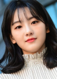 """Find Out About Actress Cho YiHyun In Talks For """"School 2021"""" 